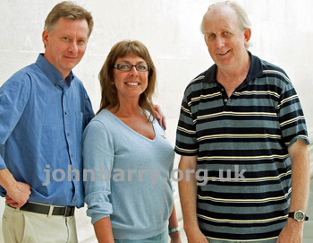 Photo left to right: webmaster Ruud, Sian Barry Prendergast and Geoff Leonard in London, June 18, 2011.